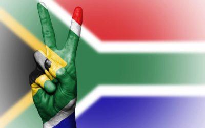 Former SA Hockey Olympians Spread Peace Through #WhiteCard Campaign