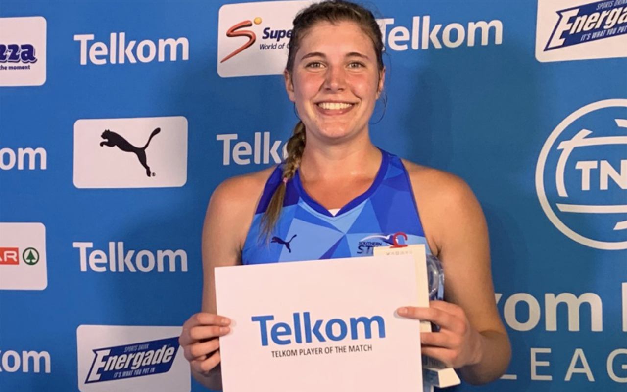 Nicola Smith pictured receiving the Player of the Match award playing for Southern Stings, in the 2020 Telkom Netball League. Photo: Netball South Africa