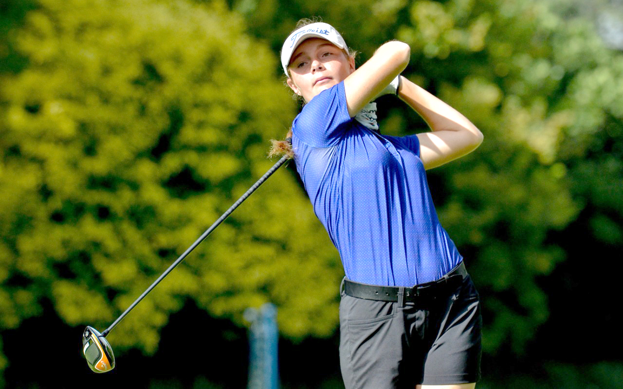 Samantha Whateley took a two-shot lead on two-under in the opening round of the SA Women's Stroke Play Championship at Royal Johannesburg & Kensington. Photo: Ernest Blignault.