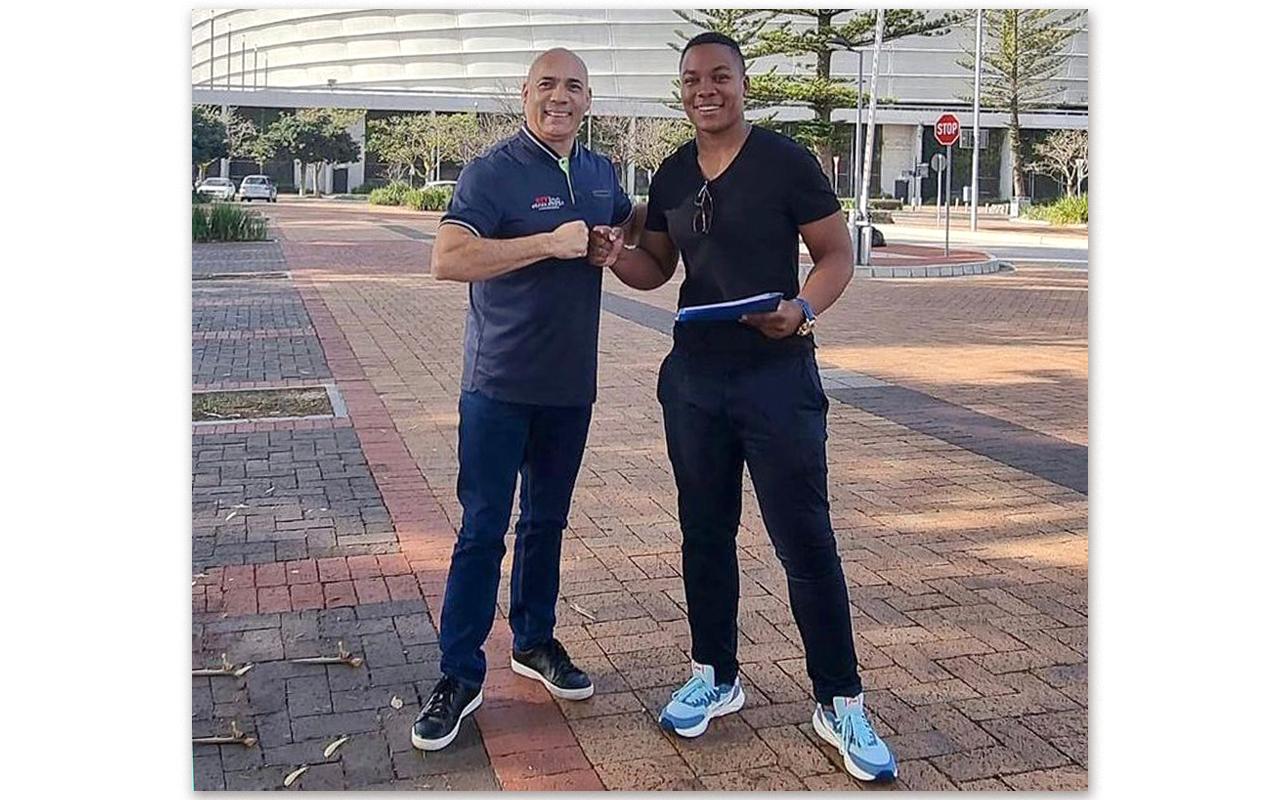 Springbok Women's international rugby star, Babalwa Latsha, pictured with Sminc Sports Management CEO, Colin Francke. Photo: Babalwa Latsha (Instagram)