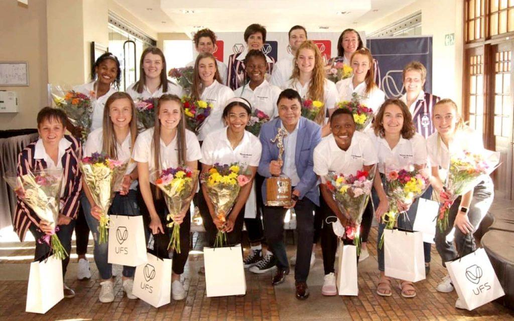 The Kovsies netball team were honoured alongside Louzanne Coetzee, after having beaten Maties in the final of the 2021 Varsity Netball tournament, Photo: KovsieSport (Facebook)